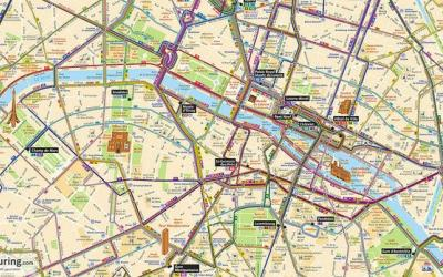 """Bus routes within Paris"" de Martyn Davis, està sota la llicència CC BY-NC-SA 2.0"
